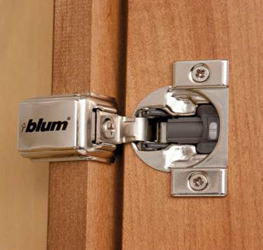 Blum Integrated Soft Close Hinge 1 2 Quot 1 1 4 Quot Amp 1 3 8