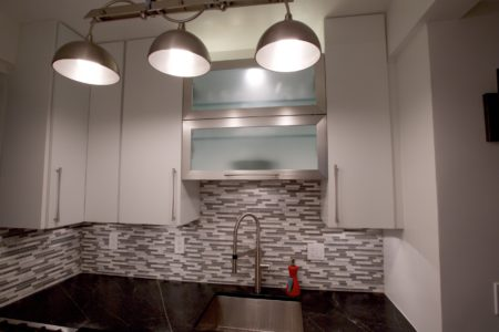 Smits Project: 1-3/8 ultra full overlay, Designer White, MDF Slab doors